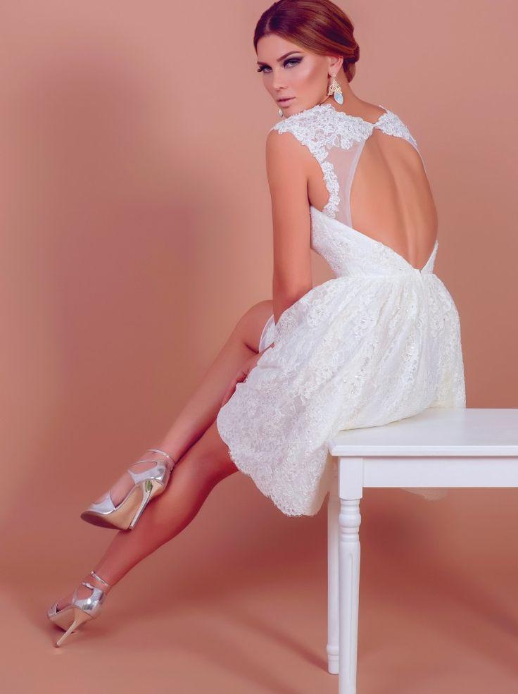 Annabelle, short wedding dress by BIEN SAVVY