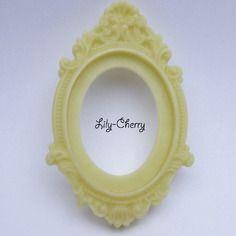 Support cadre baroque en résine beige ivoire x1