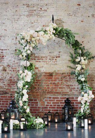 Свадебное вдохновение: 41 фон для церемонии в помещении - The-wedding.ru