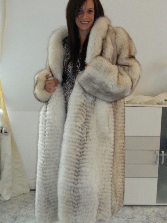 1000  images about Furs &amp Softwear 19 on Pinterest   Cabin