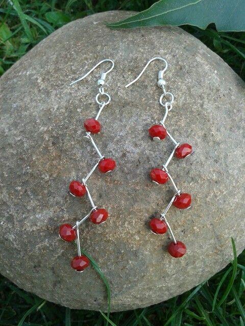 Aros rojos de Cristal Checo