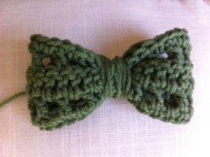 Bow pattern: C Crochet Patterns, Yarn Crafts, Crochet Bowties, Crochet Knits Ideas Patterns, Free Crochet, Crochet Bows, Crafty Crochet, Easy Crochet