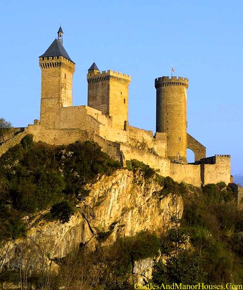 The Château de Foix,   Foix, Ariège, France....     http://www.catharcastles.info/foix.php?key=foix   ...      In the High middle ages the castle was home to the Counts of Foix who were central to the Occitan resistance during the crusade against the Albigensians. The county became a refuge for persecuted Cathars. The castle was often besieged (notably by Simon de Montfort in 1211 and 1212).  It has been listed since 1840 as a monument historique by the French Ministry of Culture.