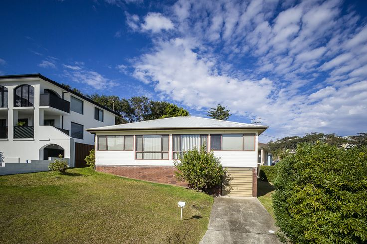 Traditionally Terrigal -  16 Ash Street
