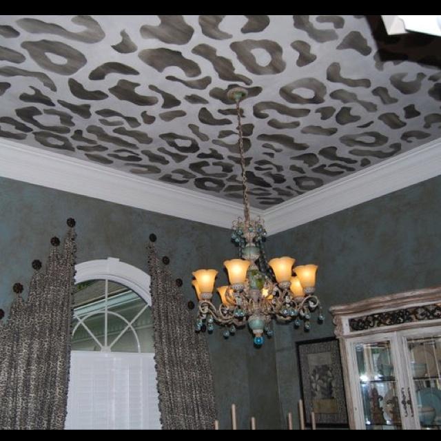 Leopard ceiling