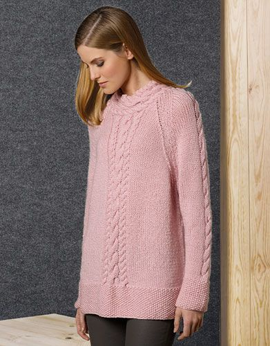 Met dit breipatroon kun je een kabeltrui breien voor vrouwen. De trui heeft slechts vier kabels en is dus een opstapje om beter te worden met kabels breien.