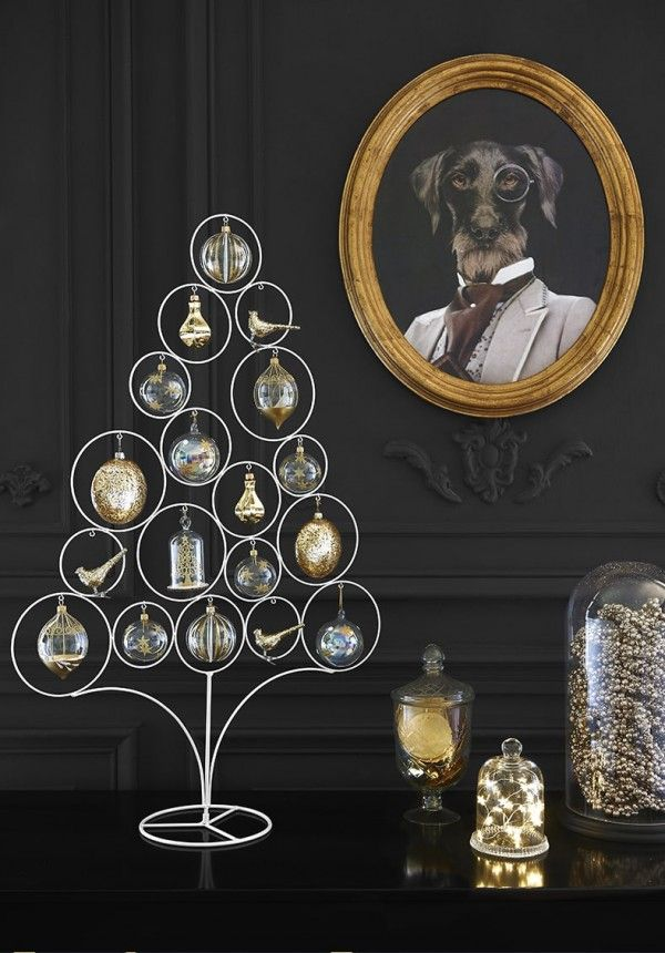 Sapin de Noël style chic - collection Merry Gold Maisonsdumonde  http://www.homelisty.com/styles-deco-sapin-noel/