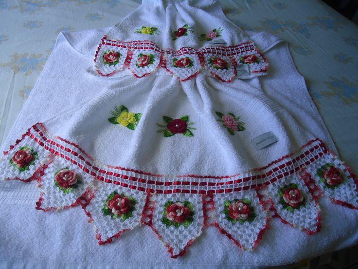 Lindos barrados em croche com material de qualidade e fino acabamento.As toalhas Buddemeyer rosto e banho.