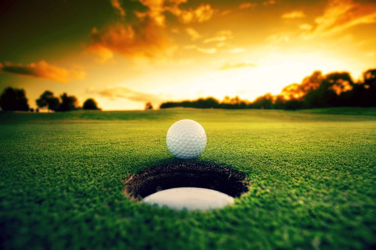 Wow beautiful view while golfing! Priceless! #golf #lorisgolfshoppe
