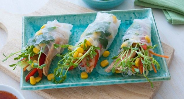 Get creative in the kitchen with this recipe for homemade Sweet Chilli Tuna Rice Paper Rolls!  #dinner #snack #corn