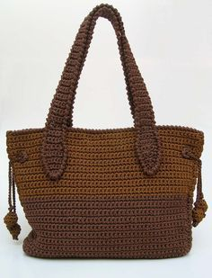 Two sizes camel-brown bag pattern. So useful for everyday needs, for carrying your knitting projects or even for travelling.