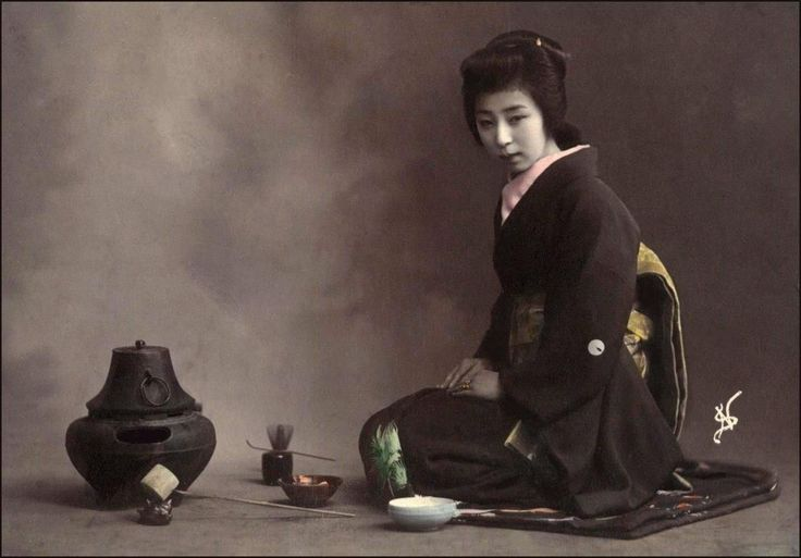 Japanese Tea Ceremony has a very long history and is one of the most perfect expressions of Zen (part of Budhisme) simplicity and reliance on the power of suggestion.