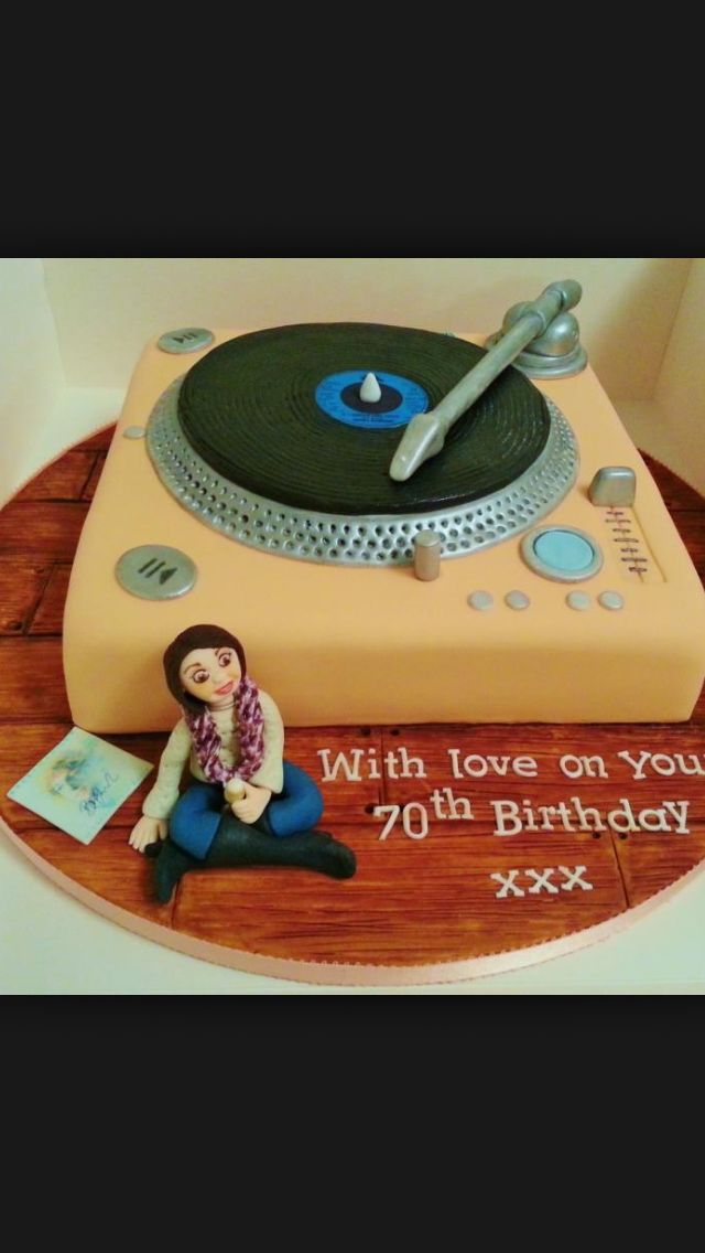17 Best Images About Vinyl Record Cakes On Pinterest