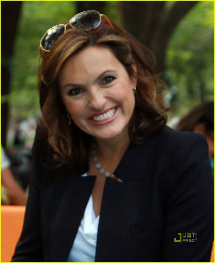<3 mariska hargitay .. law and order special victims unit <3