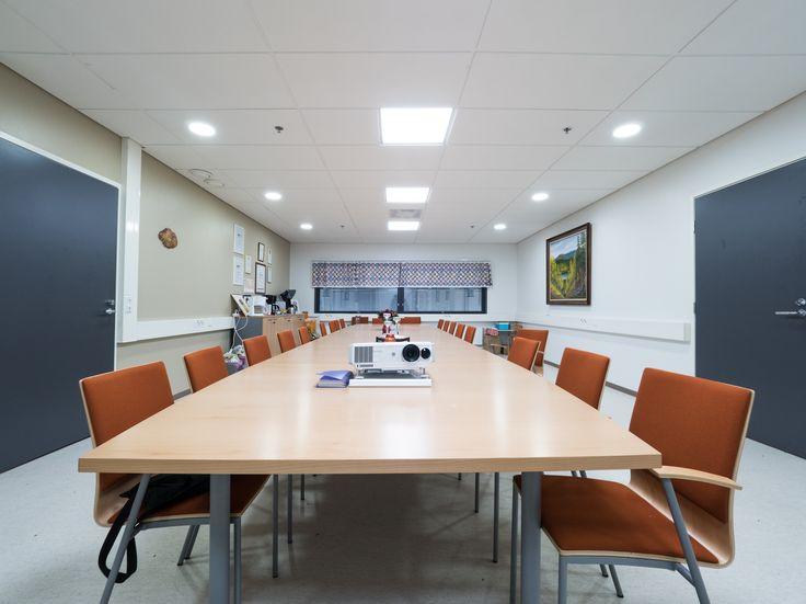 When it comes to lighting solutions, Eden LED-panels are perfect option for every office! Kun puhutaan valaistusratkaisuista toimistoon - Eden on loistava valinta!
