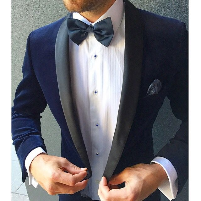 Custom velvet dinner jacket for the dapper groom by Urbbana.
