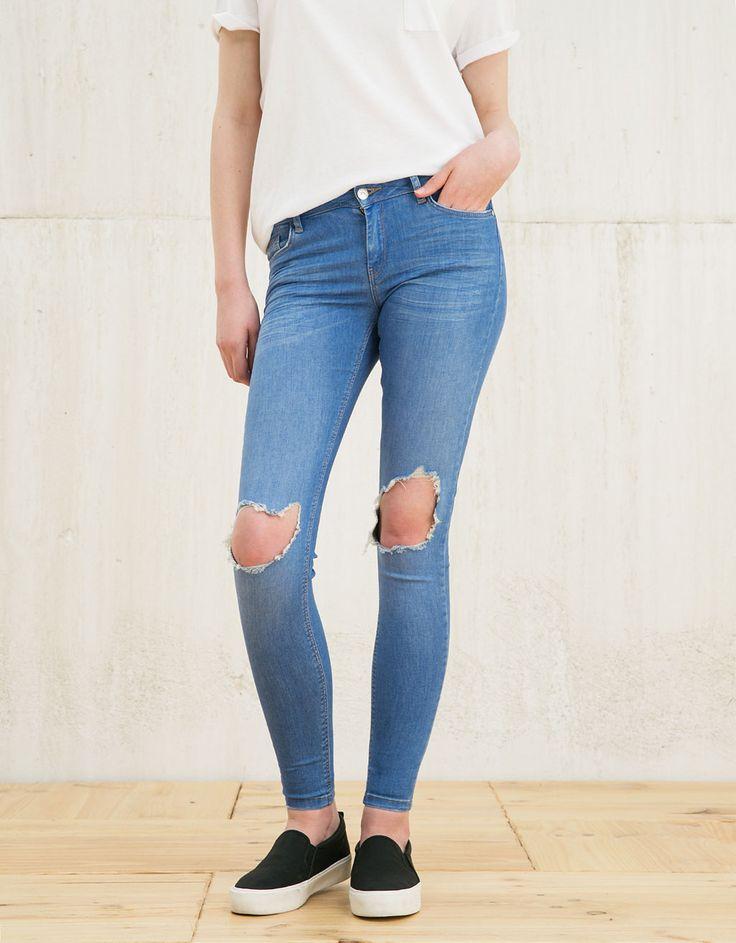 Jeans BSK skinny fit rotos rodilla - Mujer - Bershka España