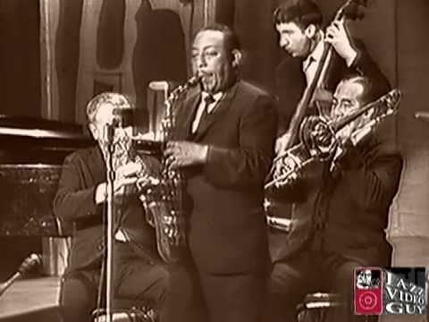 A Few Minutes with Johnny Hodges    I LOVE JOHHNY HODGES!