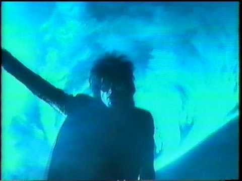 Video:The Sisters Of Mercy  - Walk Away (HQ)★ゴスで踊るのだ。