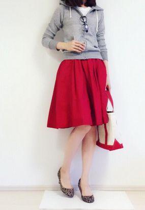 """媚びない華やかさを叶える。大人な""""赤スカート""""で作る2015年冬のコーデ集   by.S"""