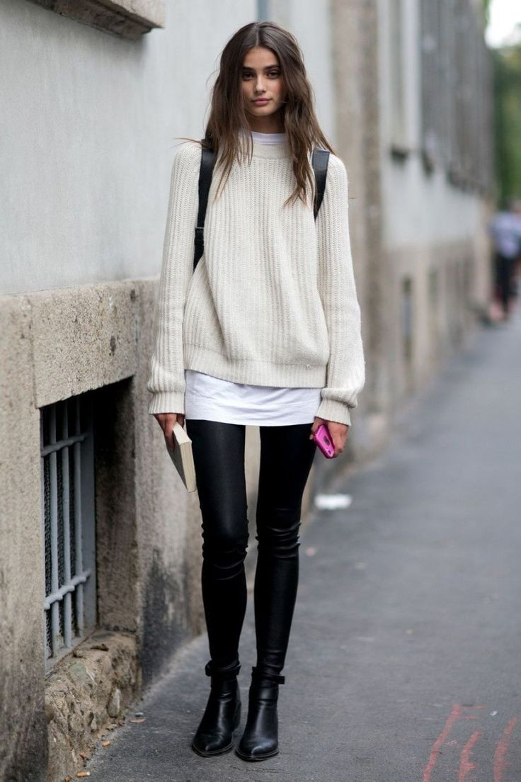 Fabulous Winter Outfits Ideas With Leather Leggings 25