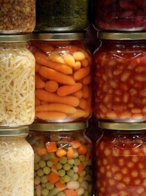 Voglia di conserve fatte in casa? L'Istituto di Sanità detta le regole…