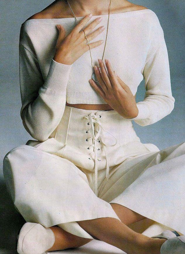 ELLE France, June 1989 Photographer: Walter Chin Model: Anita Torne