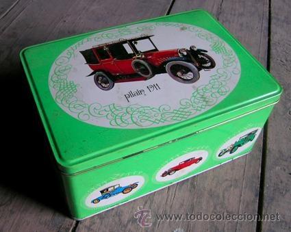 Caja metálica *Cola-Cao. Nutrexpa* Color verde coches antiguos. Pilain 1911 - JJ.OO. Munich-Año 1972