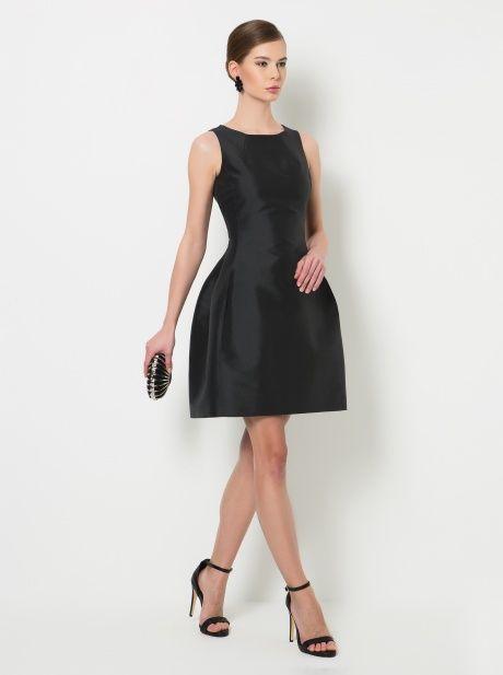 Siyah Parlak Elbise
