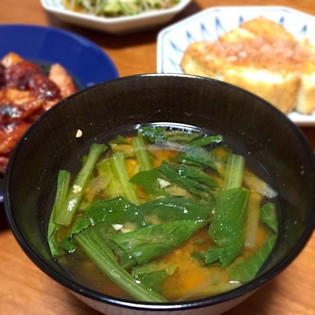 なんてこたーない普通の味噌汁 - 12件のもぐもぐ - 小松菜の味噌汁 by lottarosie