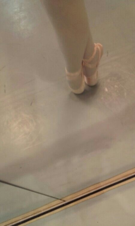 Me at pointe shoes😊