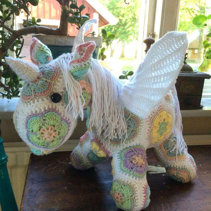 #virkad #enhörning #unicorn #heidibears #häst #crochet