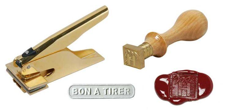 timbre à sec, cachet de cire, sceau, pince à gaufrer, gaufrage, presse à sec