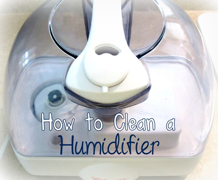 how to clean out a humidifier with vinegar