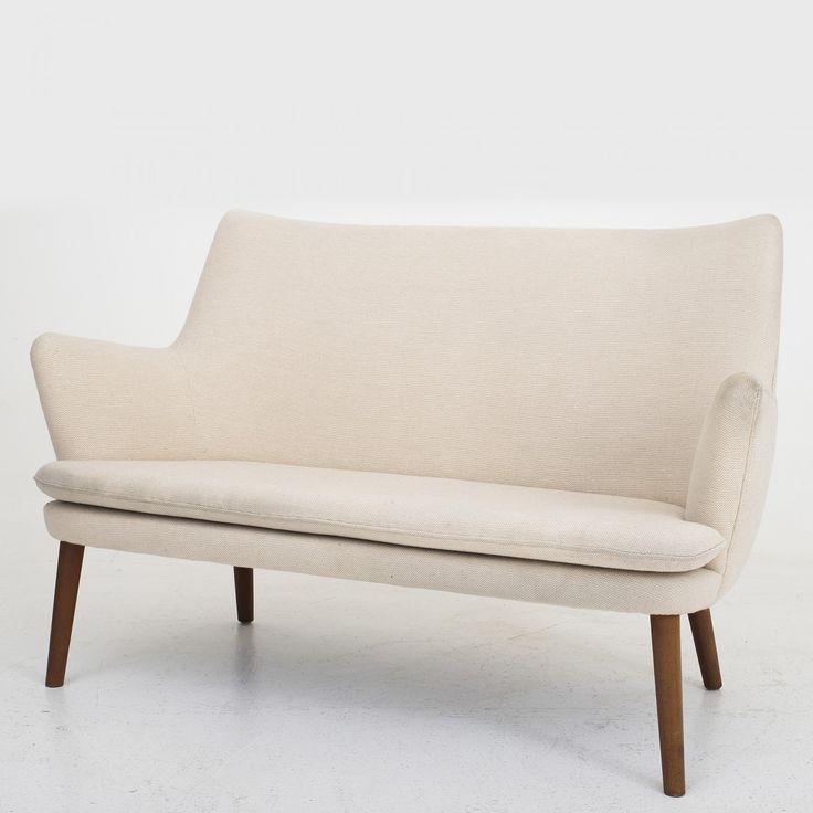 AP 20/18S - Sofa i lyst uld