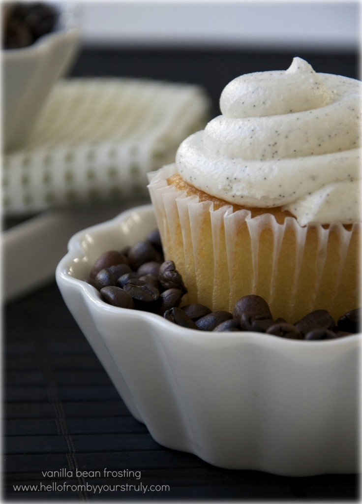 vanilla bean buttercream frosting. | cake decorating | Pinterest