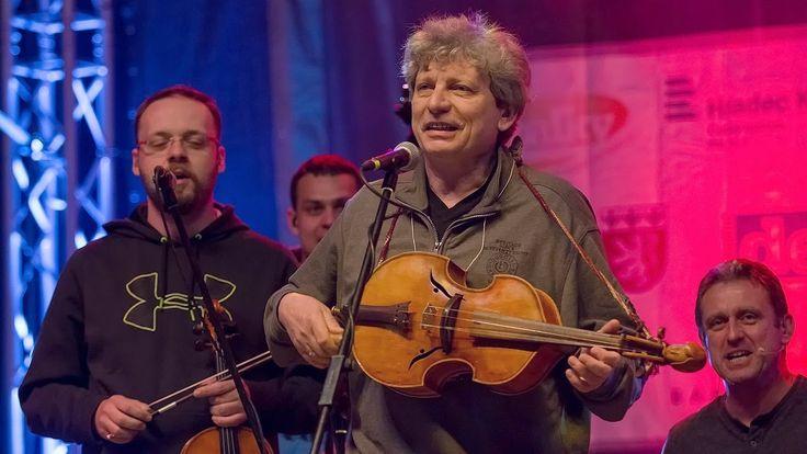 Jiří Pavlica a Hradišťan na Folkovém Chvojení 2014