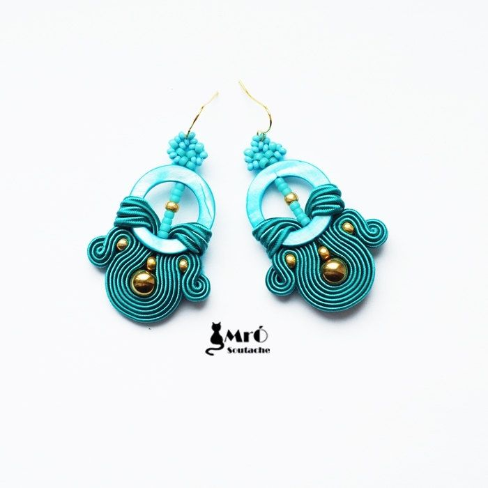 Turquoise and gold soutache earrings por MrOsOutache