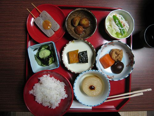 With strong Buddhist traditions and local specialties like tofu and Kyo-yasai (Kyoto vegetables), Kyoto has some excellent vegetarian restaurants.