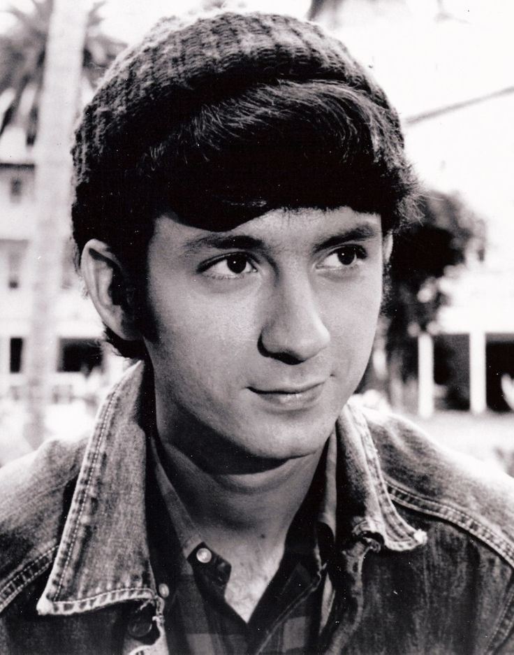 "The audio in this video consists of Mike Nesmith demos for two songs that were eventually recorded by The Monkees, ""Don't Call on Me"" and ""All the King's Horses."""