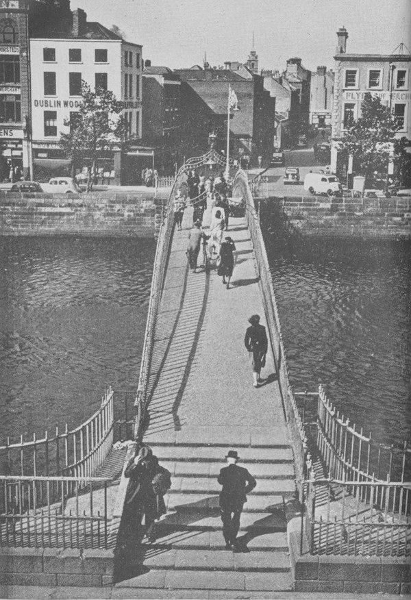 Ha'penny Bridge over the River Liffey Dublin city, looking North towards Lower Liffey Street - c1960