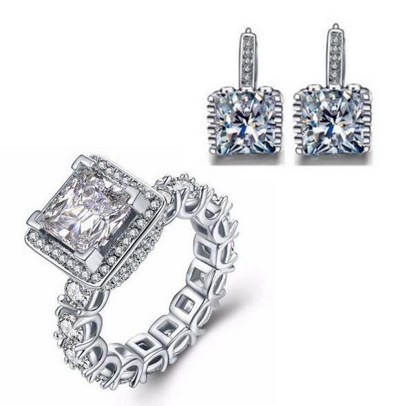 cercei si inel din argint http://www.bijuteriifrumoase.ro/cumpara/cercei-si-inel-cristale-3363