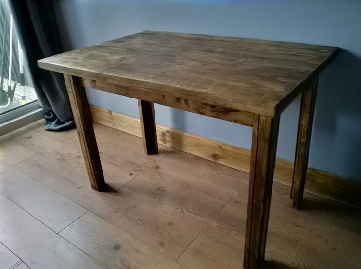 home made table from old pallett