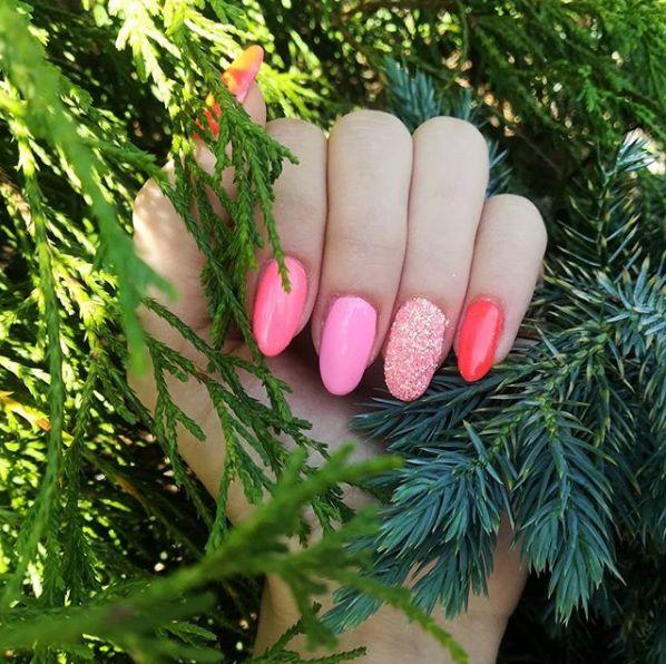 Summer Nails Semilac Lovely Mickey Cosmetics Zone Neon Red Semilac Pink Doll Indigo Efekt Kopciuszka