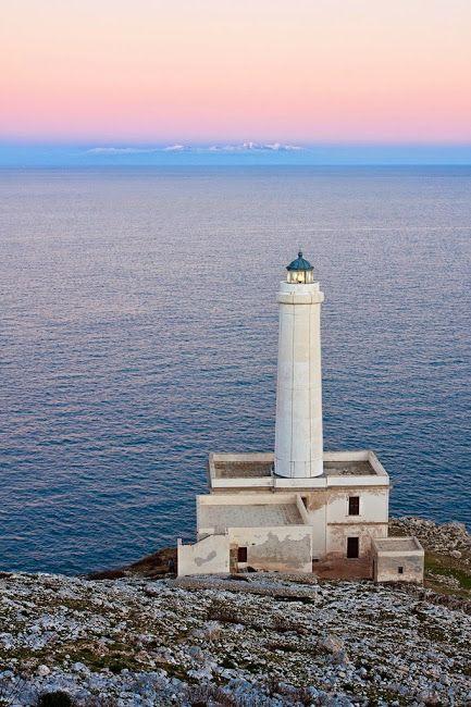 Un guardiano sul mare sconfinato di Otranto  #salento