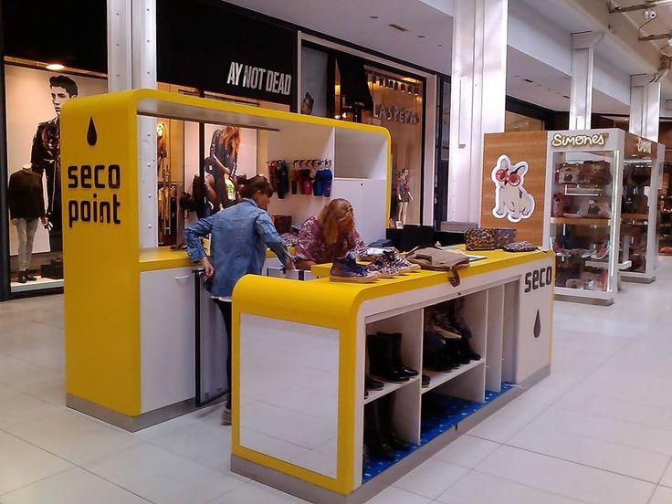 Punto de venta en Alto Rosario Shopping