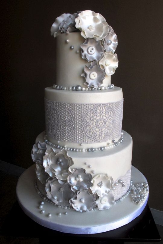 74 best images about wedding cakes on pinterest tall wedding cakes love at first sight and. Black Bedroom Furniture Sets. Home Design Ideas
