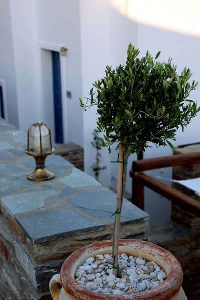 ANDROS PRIVE SUITES - CYCLADES | Living Postcards - The new face of Greece