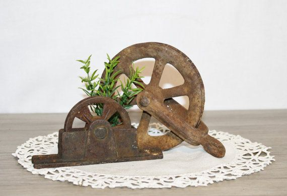 2 Vintage RUSTIC CLOTHESLINE PULLEYS Wheel Rustic Repurpose Salvage Great Patina Industrial Steampunk $32