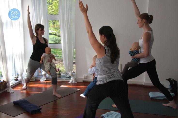 Z natáčení jógové lekce s malými miminky. Celý článek a video najdete tady: http://www.jogoviny.cz/clanky/jogova-praxe/video-joga-se-stala-pristavistem-pro-me-i-me-miminko